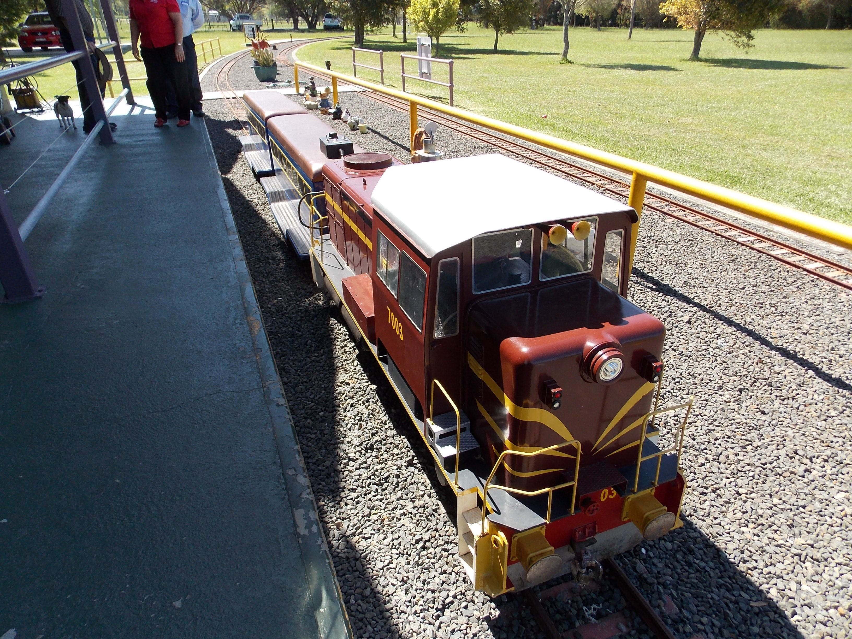 Penwood Miniature Railway - Attractions Perth