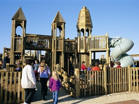 Jubilee Park Adventure Playground - Attractions Perth