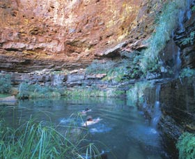 Dales Gorge and Circular Pool - Attractions Perth