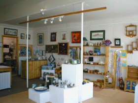 Great Alpine Gallery - Attractions Perth