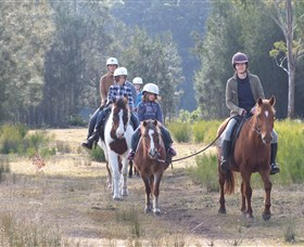 Horse Riding at Oaks Ranch and Country Club - Attractions Perth