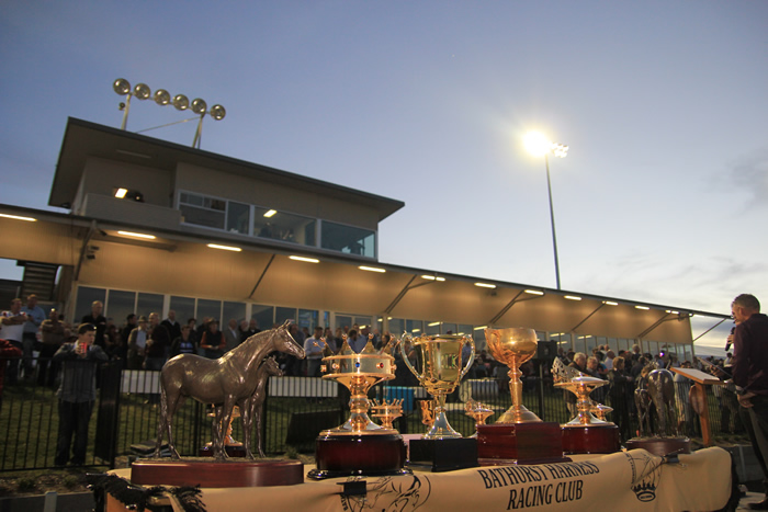 Bathurst Harness Racing Club - Attractions Perth