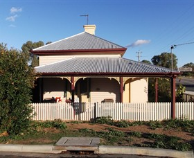 Former Customs Officers Residence - Attractions Perth