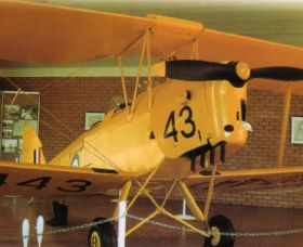 Tiger Moth Memorial - Attractions Perth