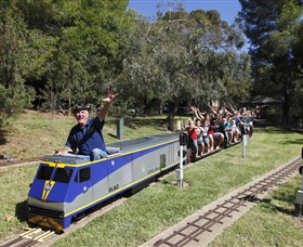 Willans Hill Miniature Railway - Attractions Perth
