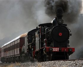 Lachlan Valley Railway - Attractions Perth