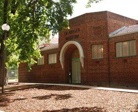 Grainger Museum - Attractions Perth