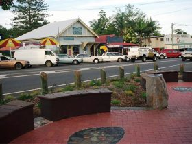 Maleny Handicraft Markets - Attractions Perth