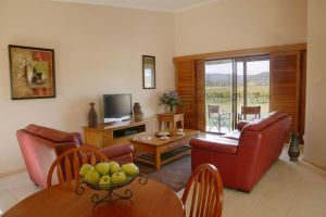 Nightingale Wines Luxury Villas - Attractions Perth
