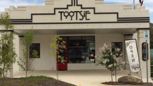 Tootsie Fine Art and Design - Attractions Perth