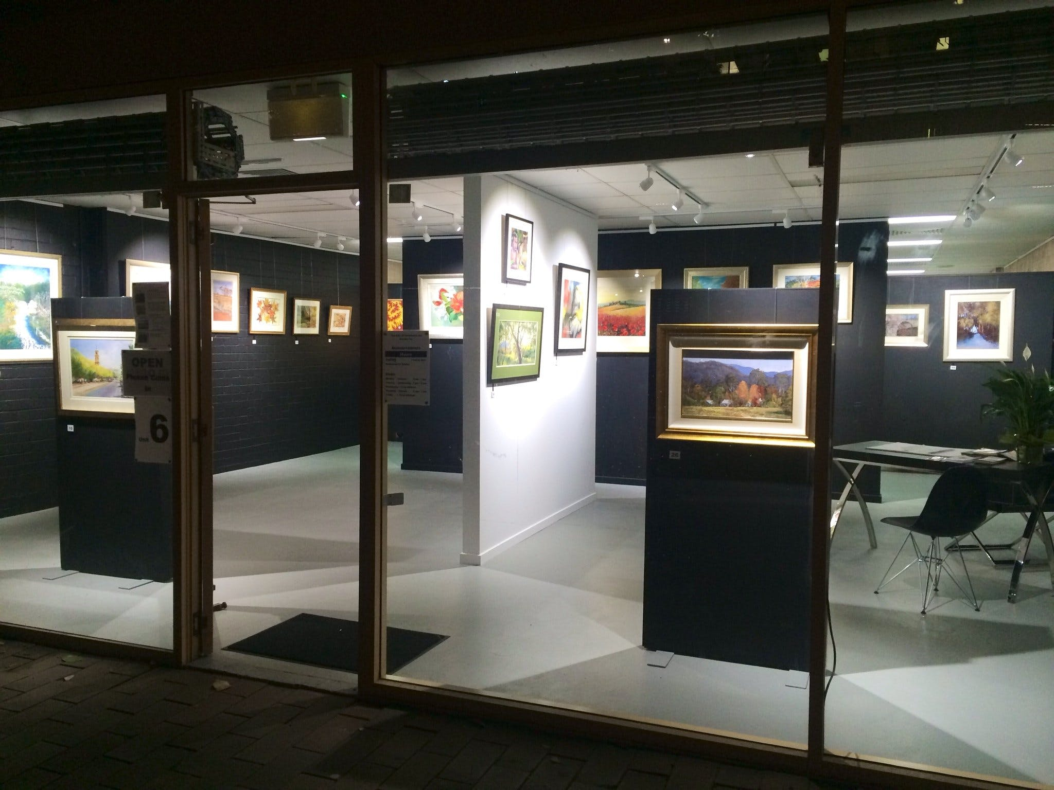 The Hunter Street Gallery of Fine Arts - Attractions Perth