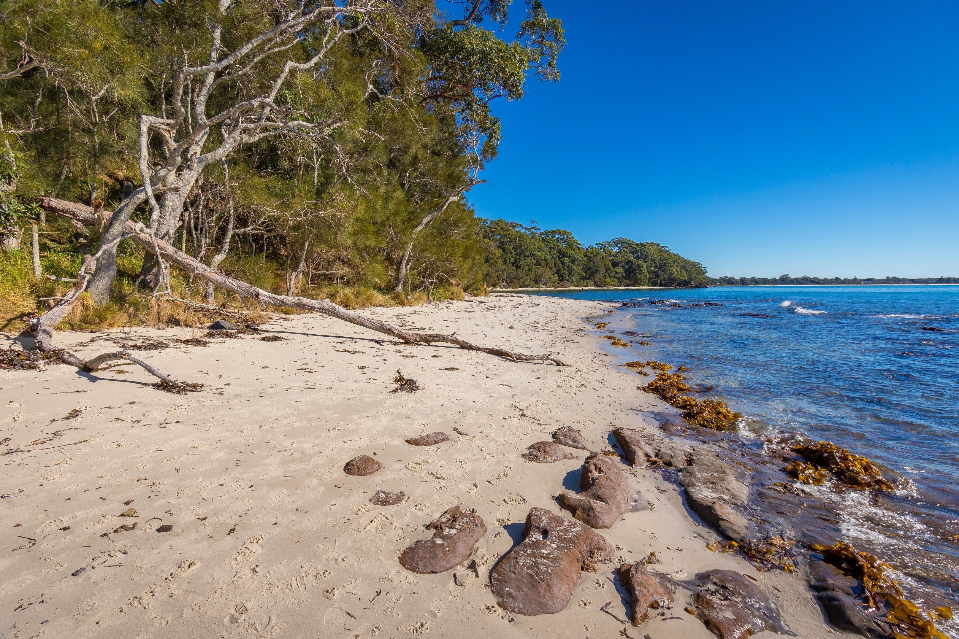 Barfleur Beach - Attractions Perth