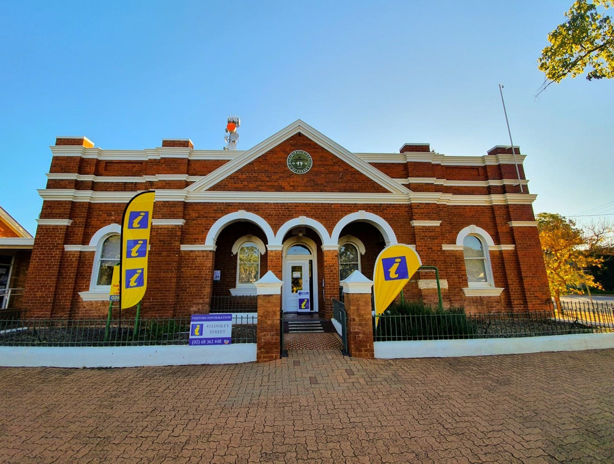 Cobar Visitor Information Centre - Attractions Perth
