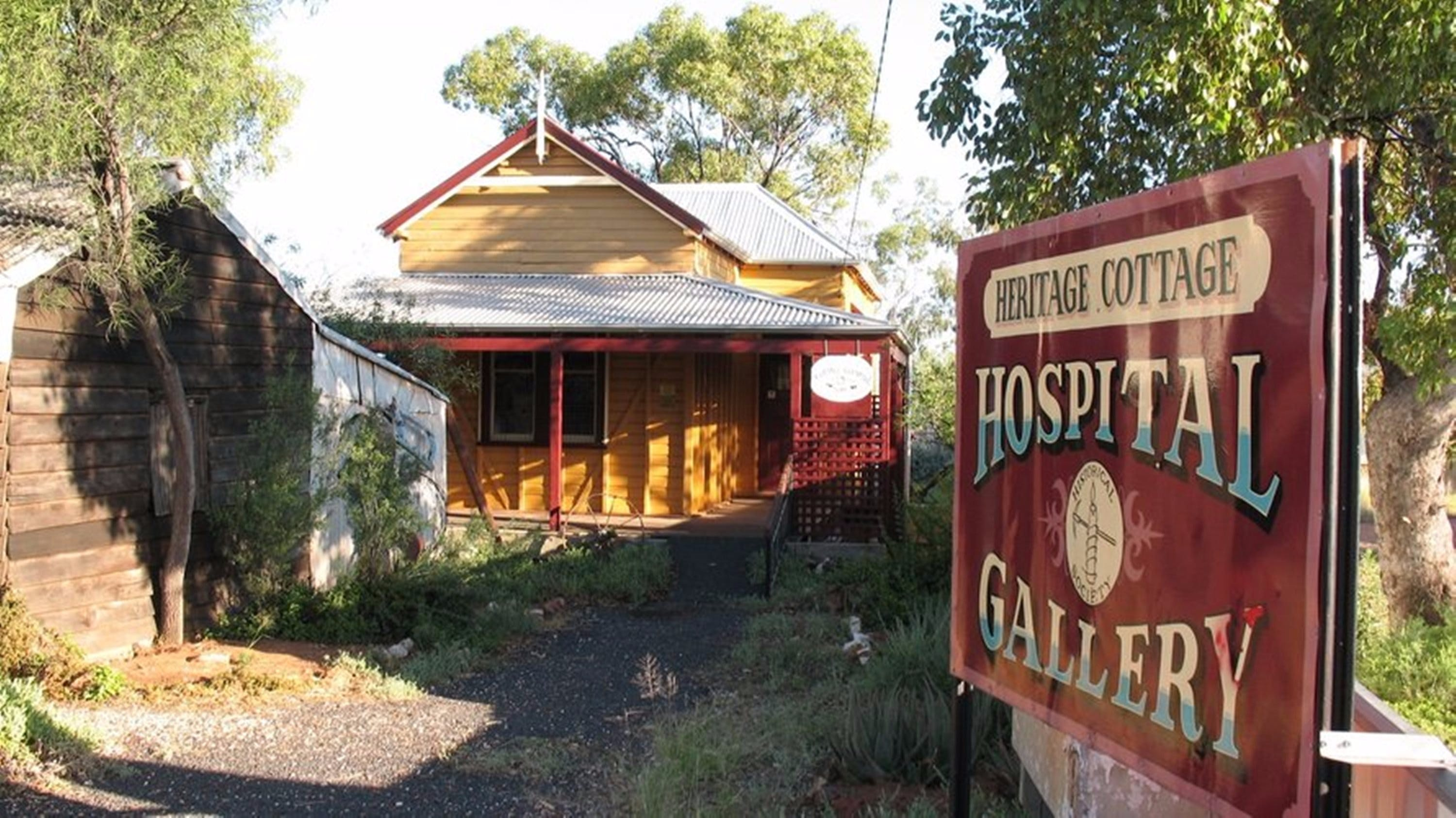 Lightning Ridge Heritage Cottage - Attractions Perth