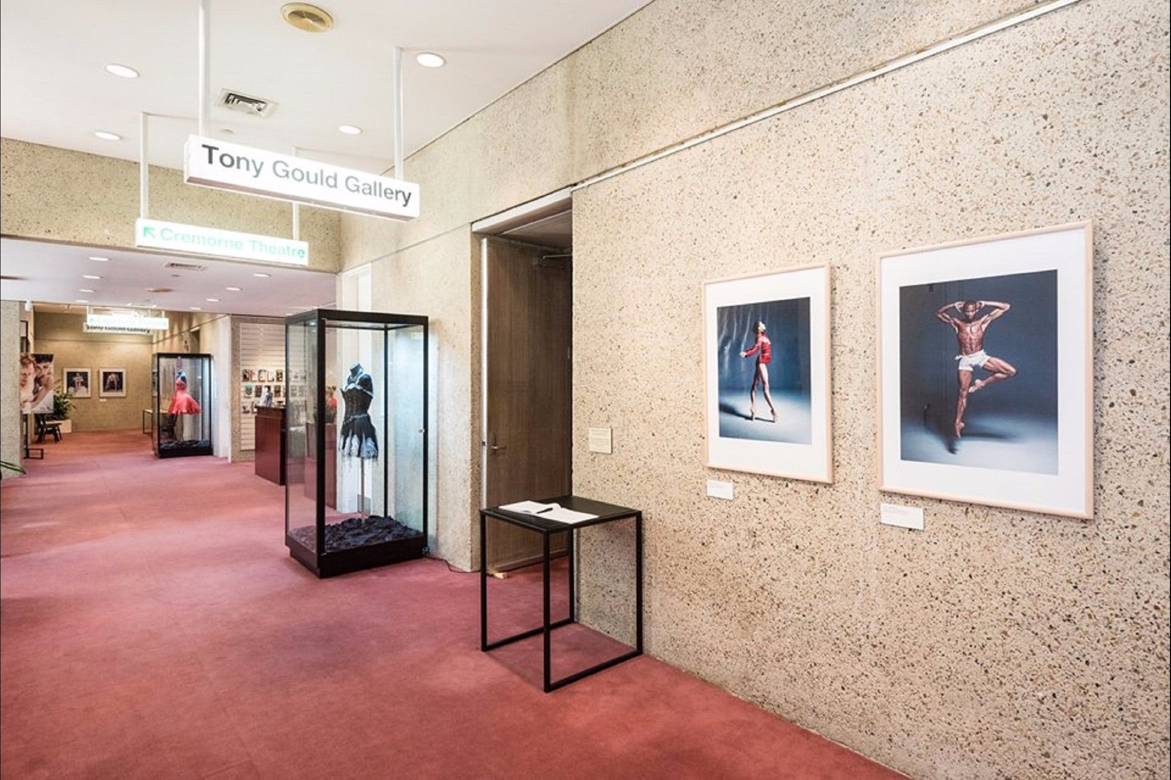 Tony Gould Gallery - Attractions Perth