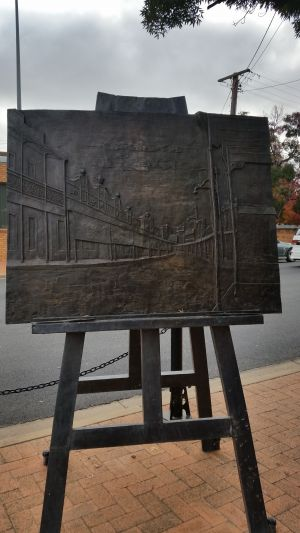 Russell Drysdale Easel Sculpture - Attractions Perth