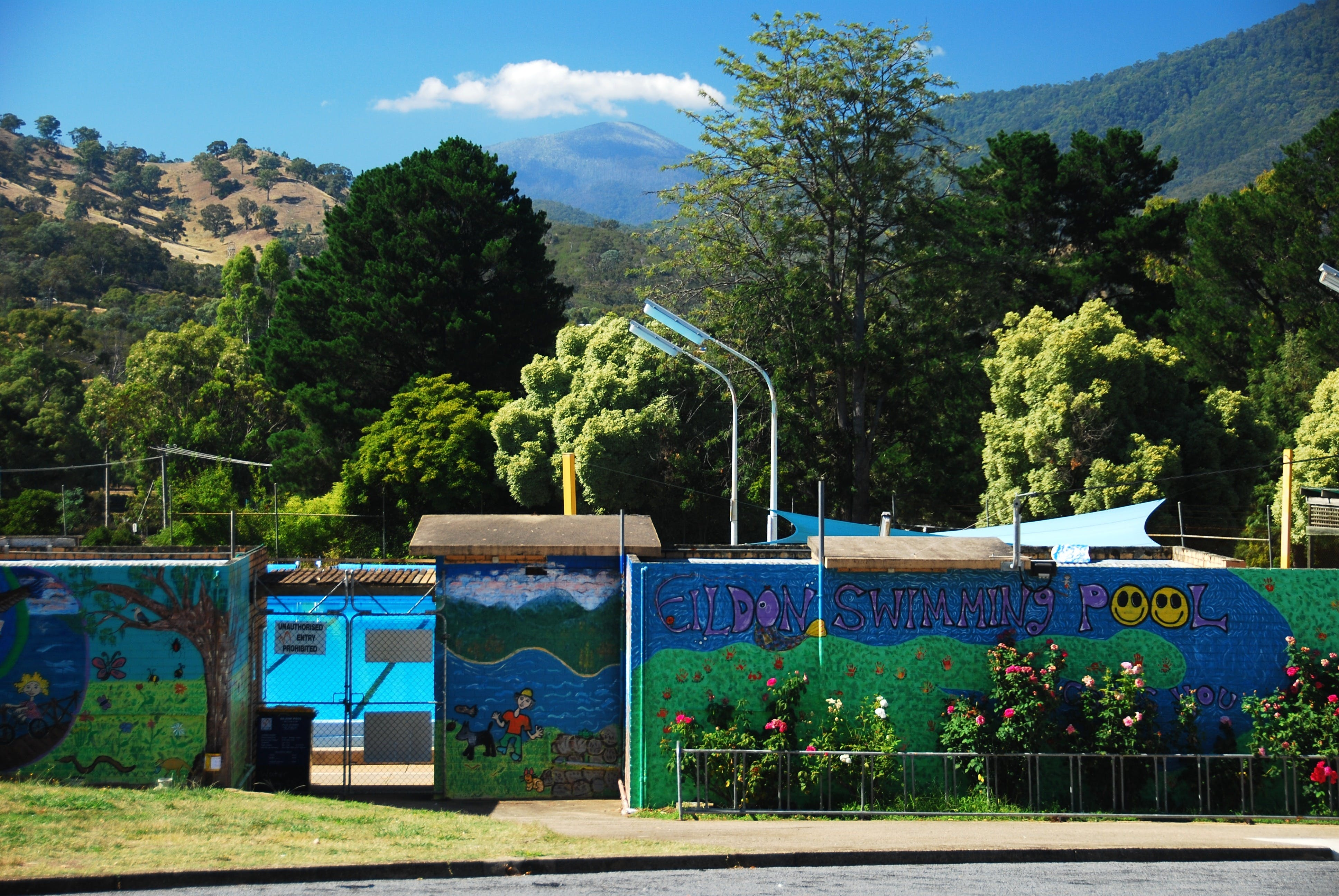Eildon Outdoor Swimming Pool - Attractions Perth