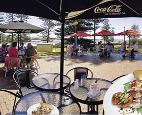 The Beach and Bush Gallery and Cafe - Attractions Perth
